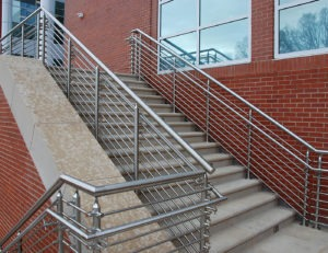 Stainless steel railing with lateral tube infill