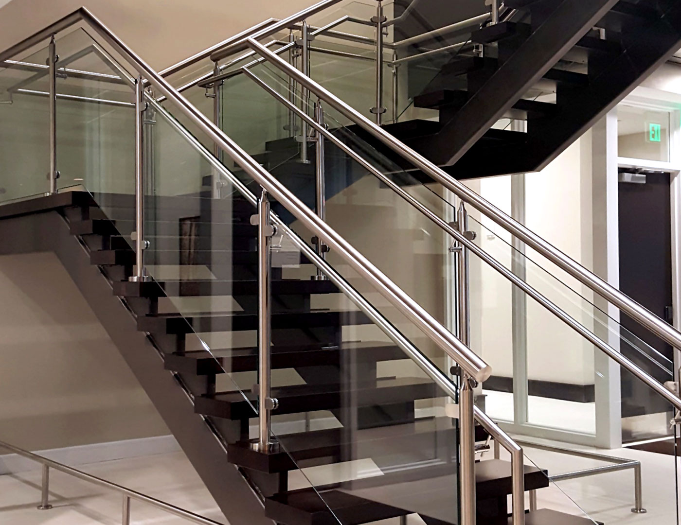 Resort features Mocaco glass railing