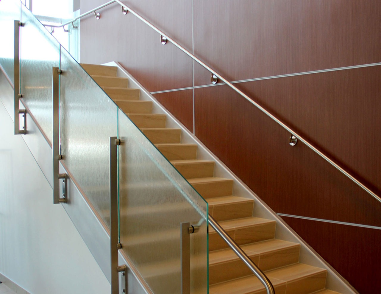 Side mounted post supported stainless steel railing