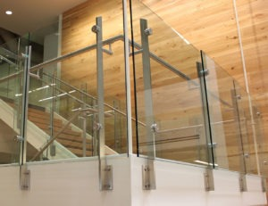 The Summit's solid stainless steel posts are robust, yet non-obstructive