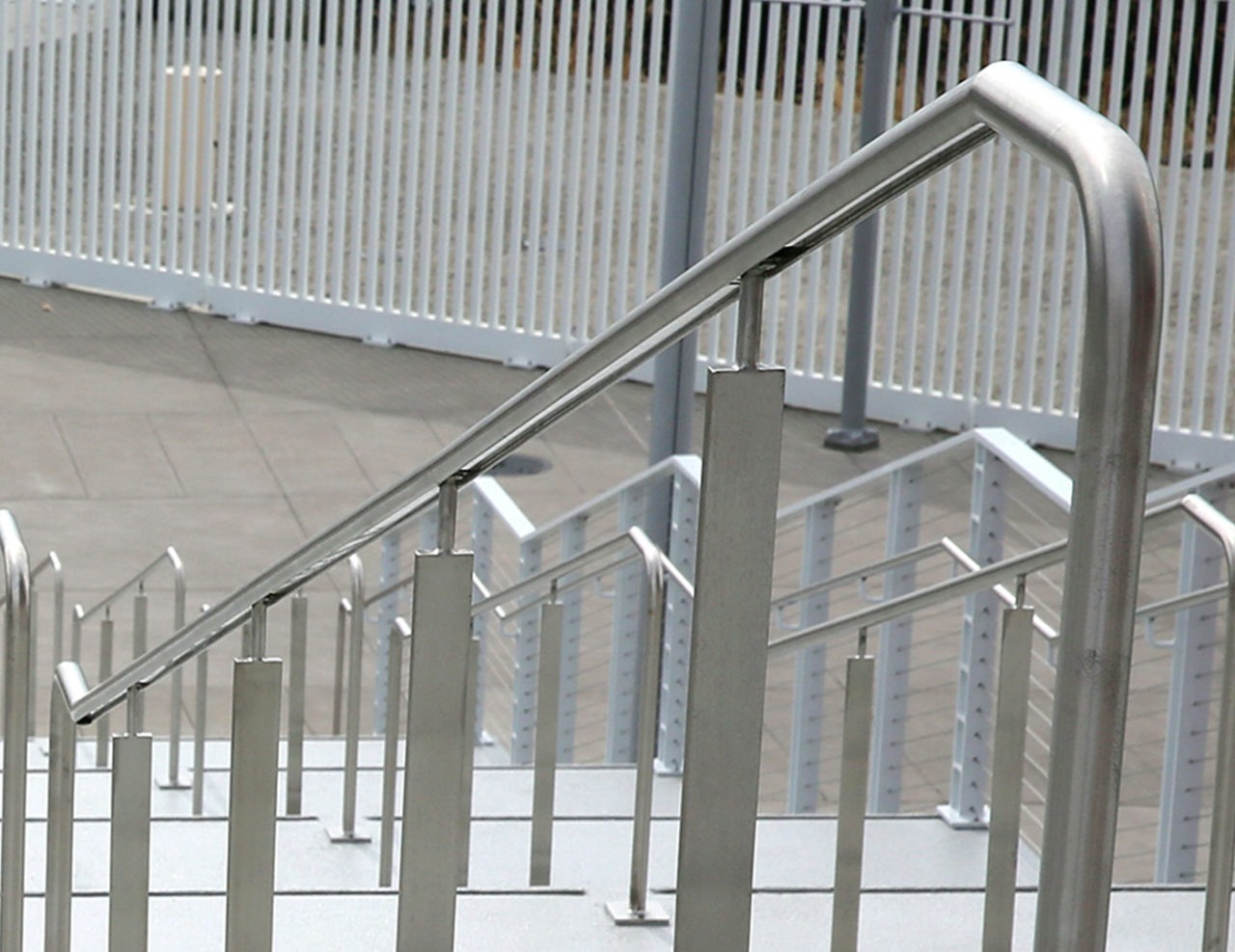 Griprail Commercial Metal Handrails | Trex Commercial Products