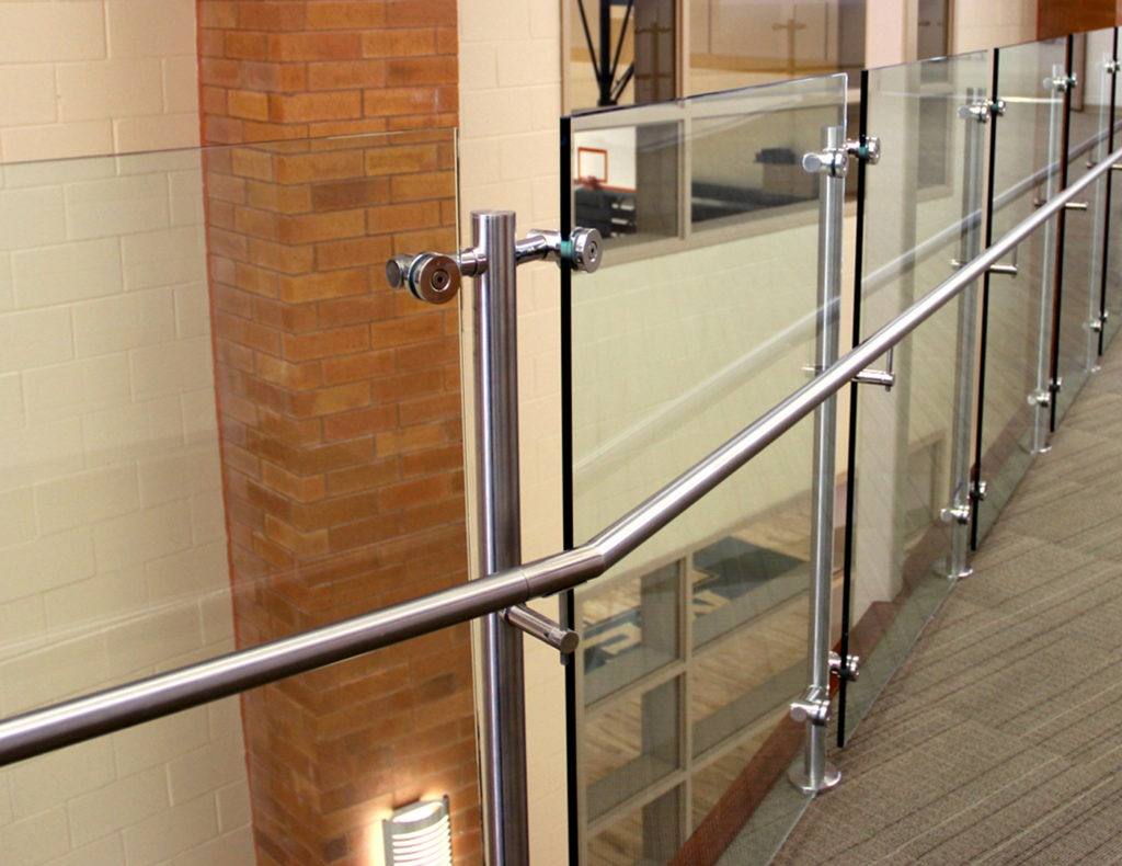 Casino Commercial Cable Railings   Trex Commercial Products